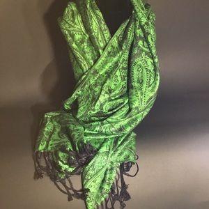 Black & Green Pashmina, Scarf 🧣, Wrap!